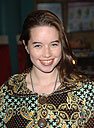 http://www.fanmail.biz/pictures/78238/242930/anna_popplewell_1.jpg